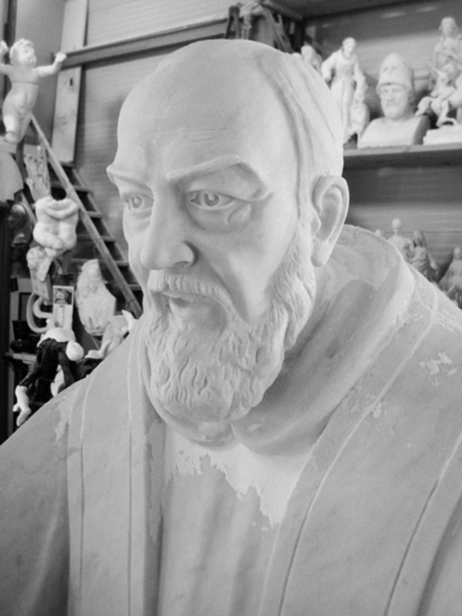 Padre Pio 002